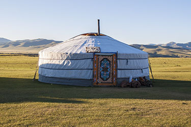 Discovery, hiking and horse riding tour in Mongolia